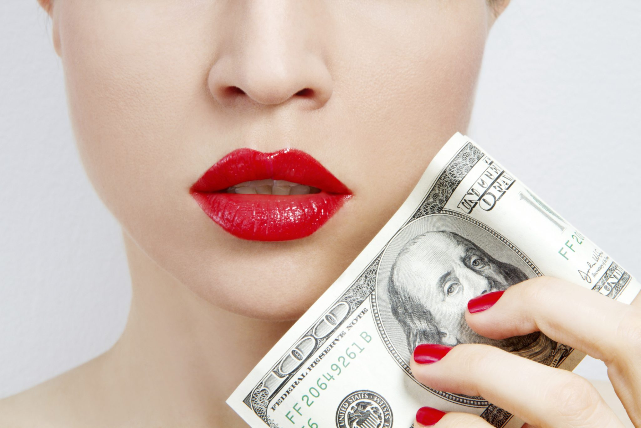 how_to_save_money_on_makeup